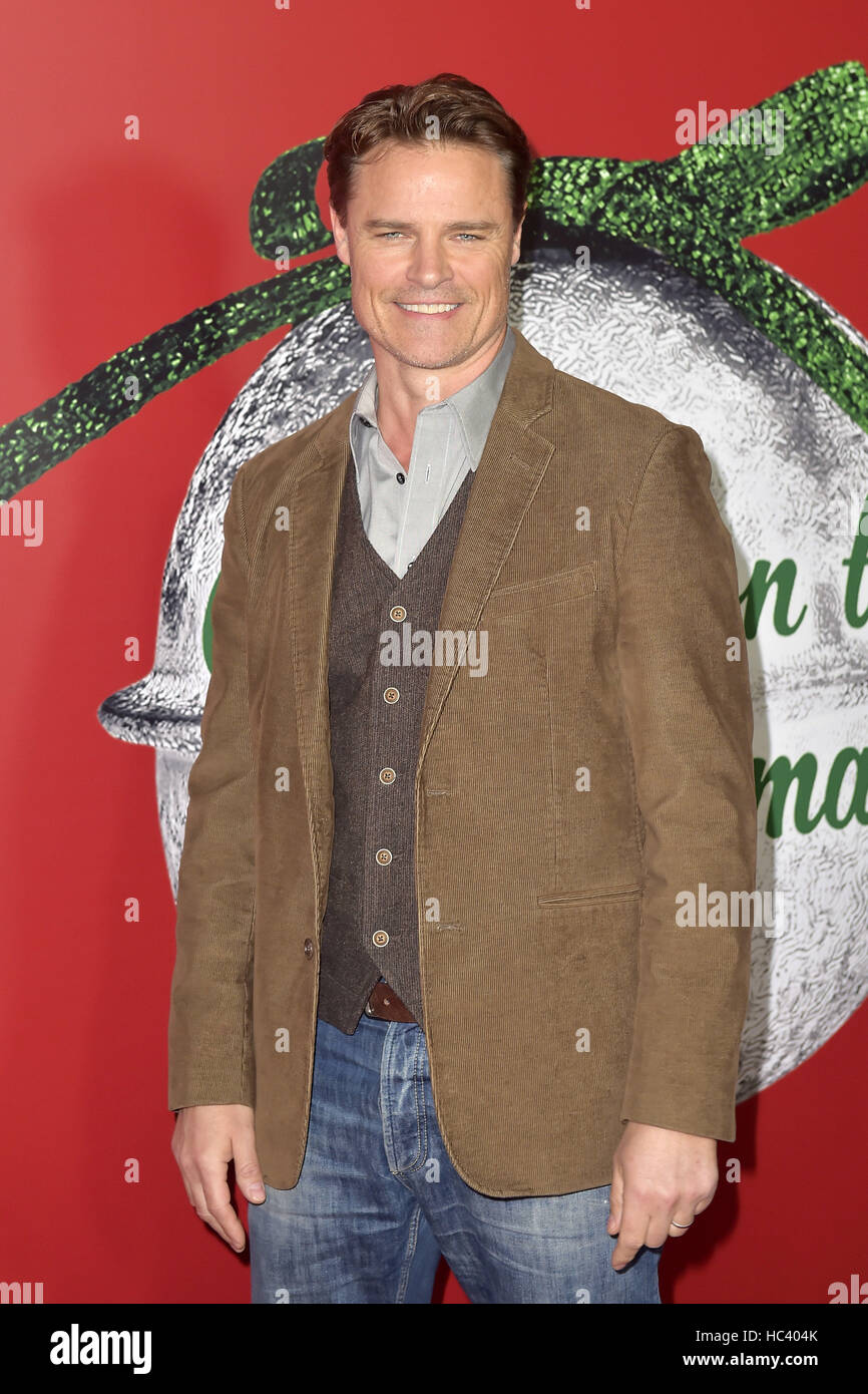Los Angeles, USA. 05th Dec, 2016. Dylan Neal at the Screening of Hallmark Channel TV-Film 'A Nutcracker Christmas' - Stock Image