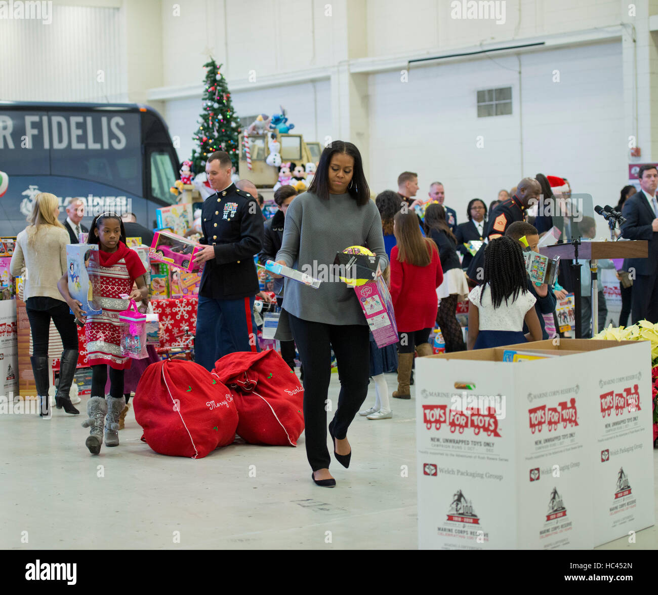 2017 Toys For Tots Ellensburg Washington : Toys for tots dc wow