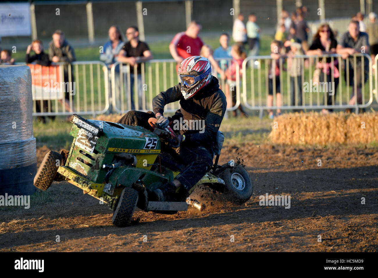 Lawn Mower Racing >> The British Lawn Mower Racing Association 12 Hour Lawn Mower