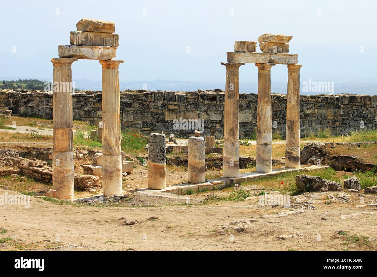 Pamukkale. Turkey. Ruins of Hierapolis, ancient city - Stock Image