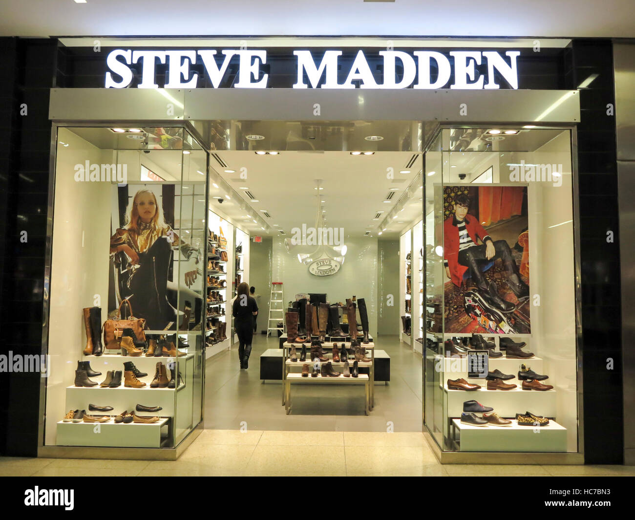 Muestra Colector Documento  Steve Madden High Resolution Stock Photography and Images - Alamy