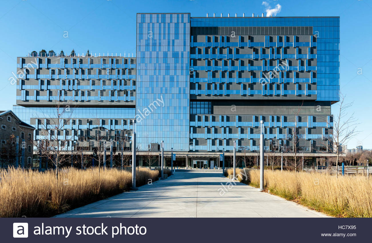 hospital Sinai Health System Bridgepoint complex care  rehabilitation  research architecture curtainwall in Toronto - Stock Image