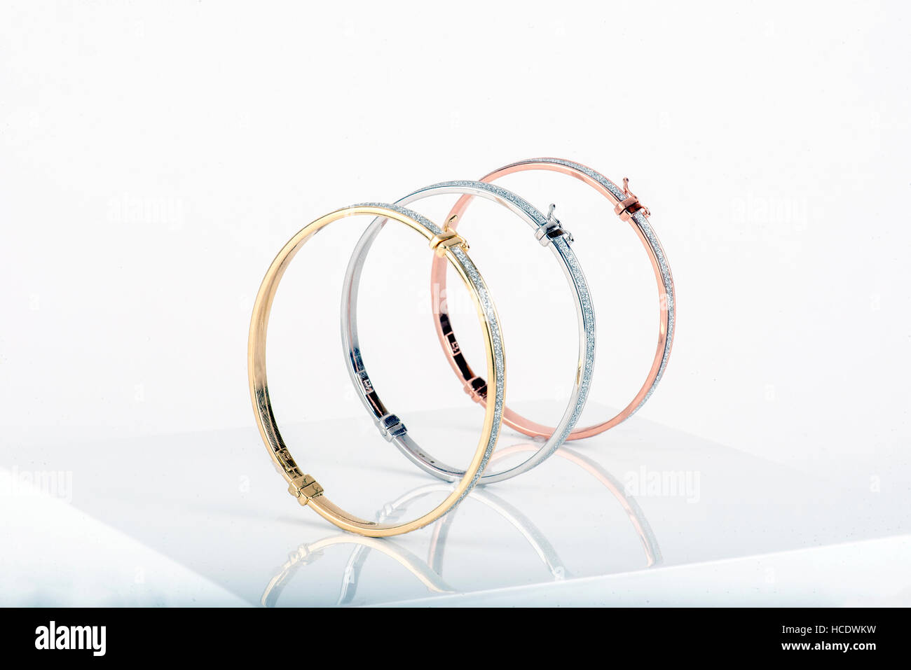 Expensive Jewellery Necklaces Pendants Bracelets Stones Earrings