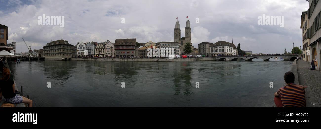 Panorama: Limmat, Zuerich, Schweiz. - Stock Image
