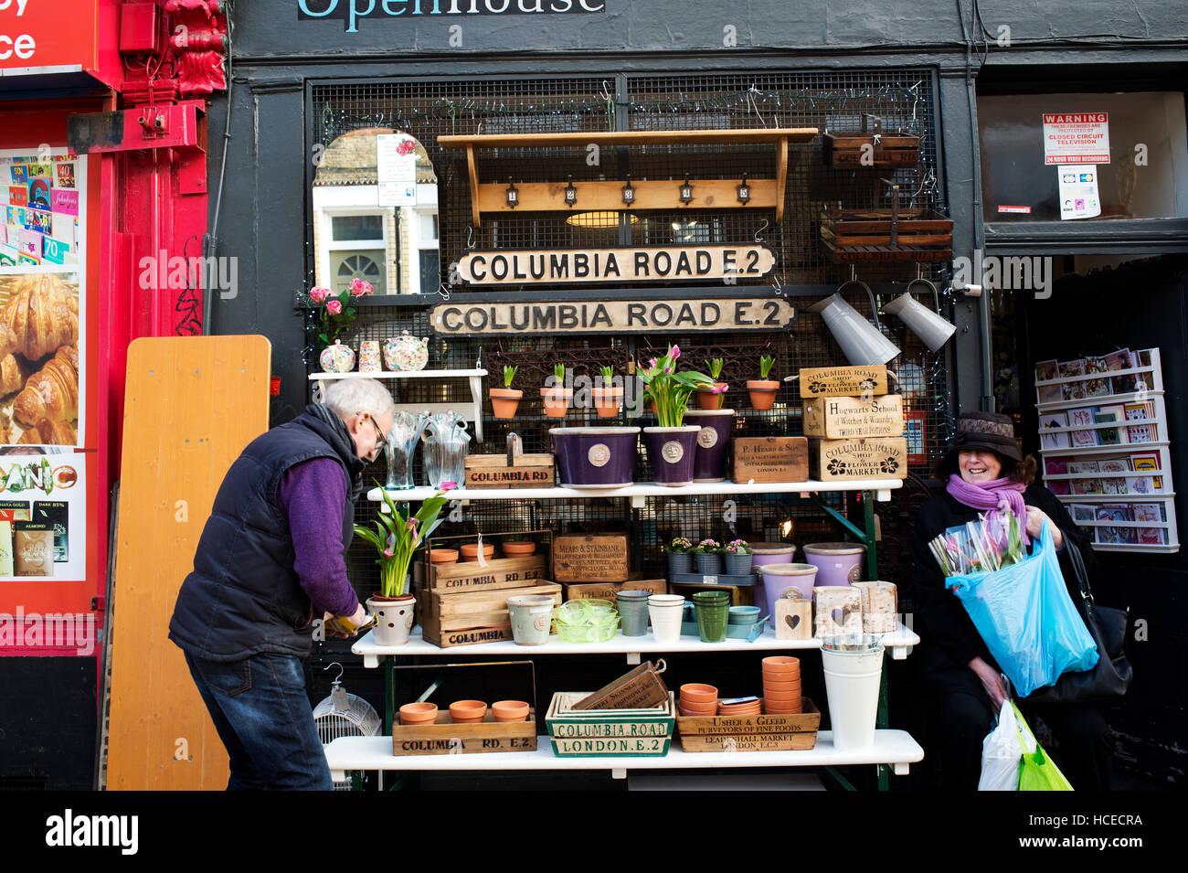 Sunday morning, Columbia Road market - Stock Image
