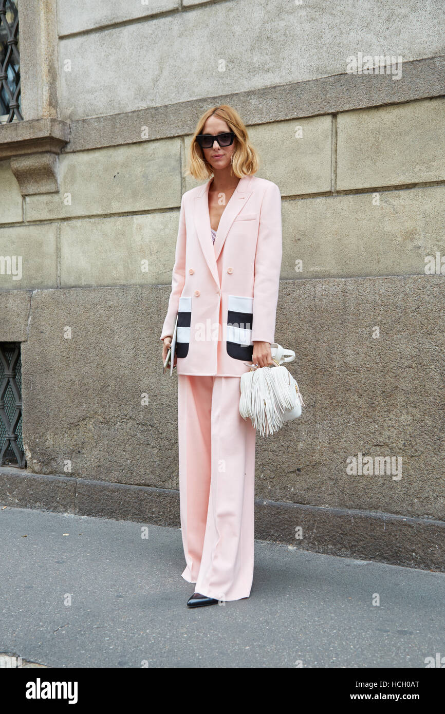 Candela Novembre with pink jacket and trousers before Max Mara fashion show, Milan Fashion Week street style on - Stock Image
