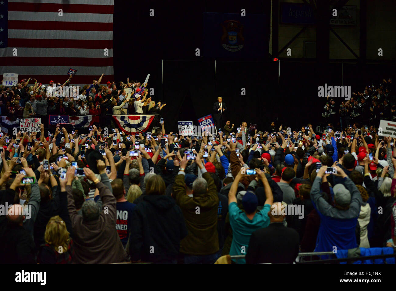 Grand Rapids, USA. 09th Dec, 2016. President Elect Donald J. Trump arrives at the Thank You Tour 2016 at Deltaplex - Stock Image