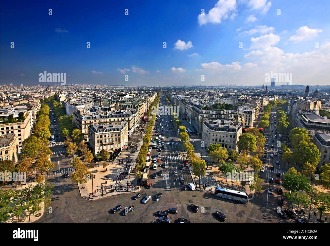 The Champs-Élysées as seen from the Arc de Triomphe (Arch of Triumph), Paris, France. - Stock Image
