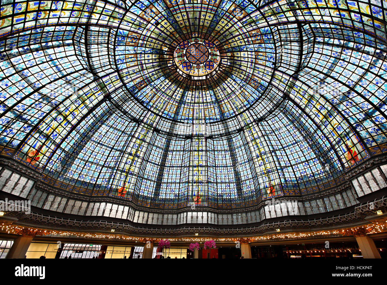 The cupola in the restaurant of Printemps, one of the most famous Parisienne shopping center (since 1894),  Paris, Stock Photo