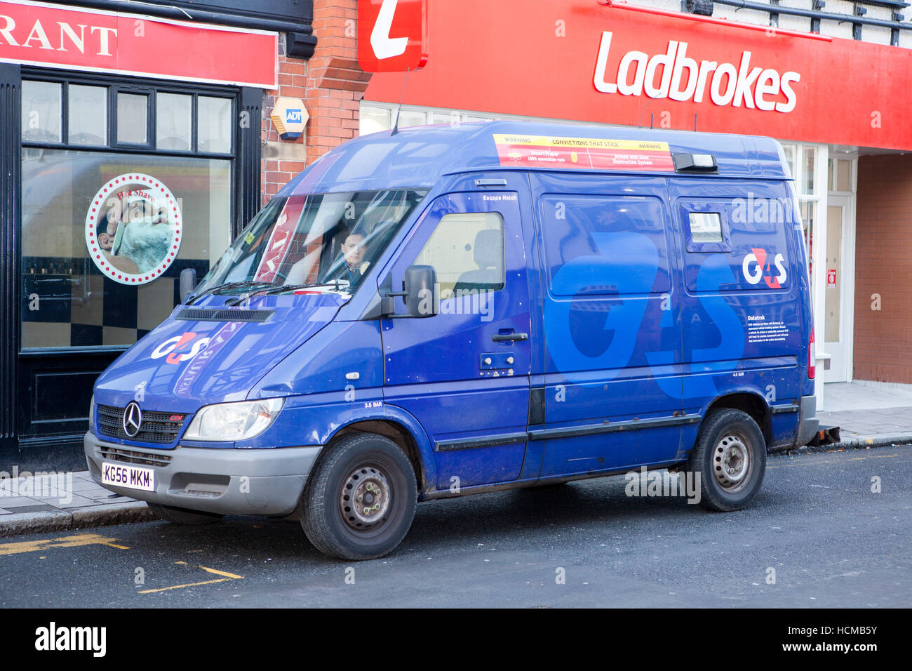 Secure Van Stock Photos Amp Secure Van Stock Images Alamy