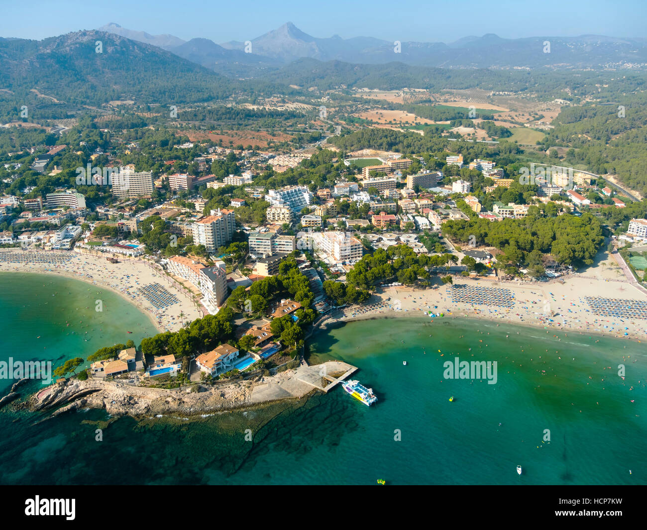 Aerial photograph, view of bay of Peguera, Tramuntana mountains behind, Mallorca, Balearic Islands, Spain - Stock Image