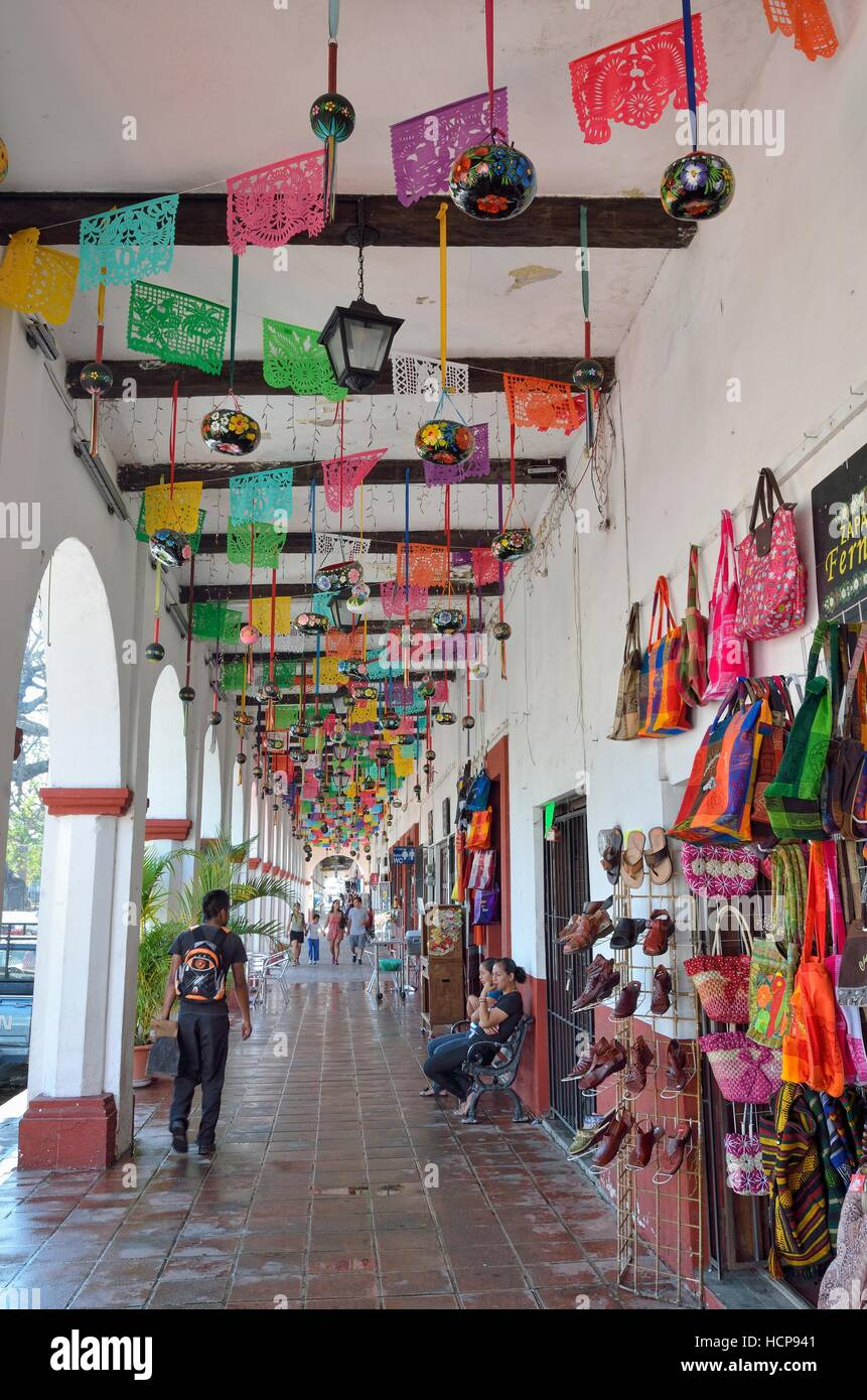Shopping arcade, Chiapa de Corzo, Chiapas, Mexico - Stock Image