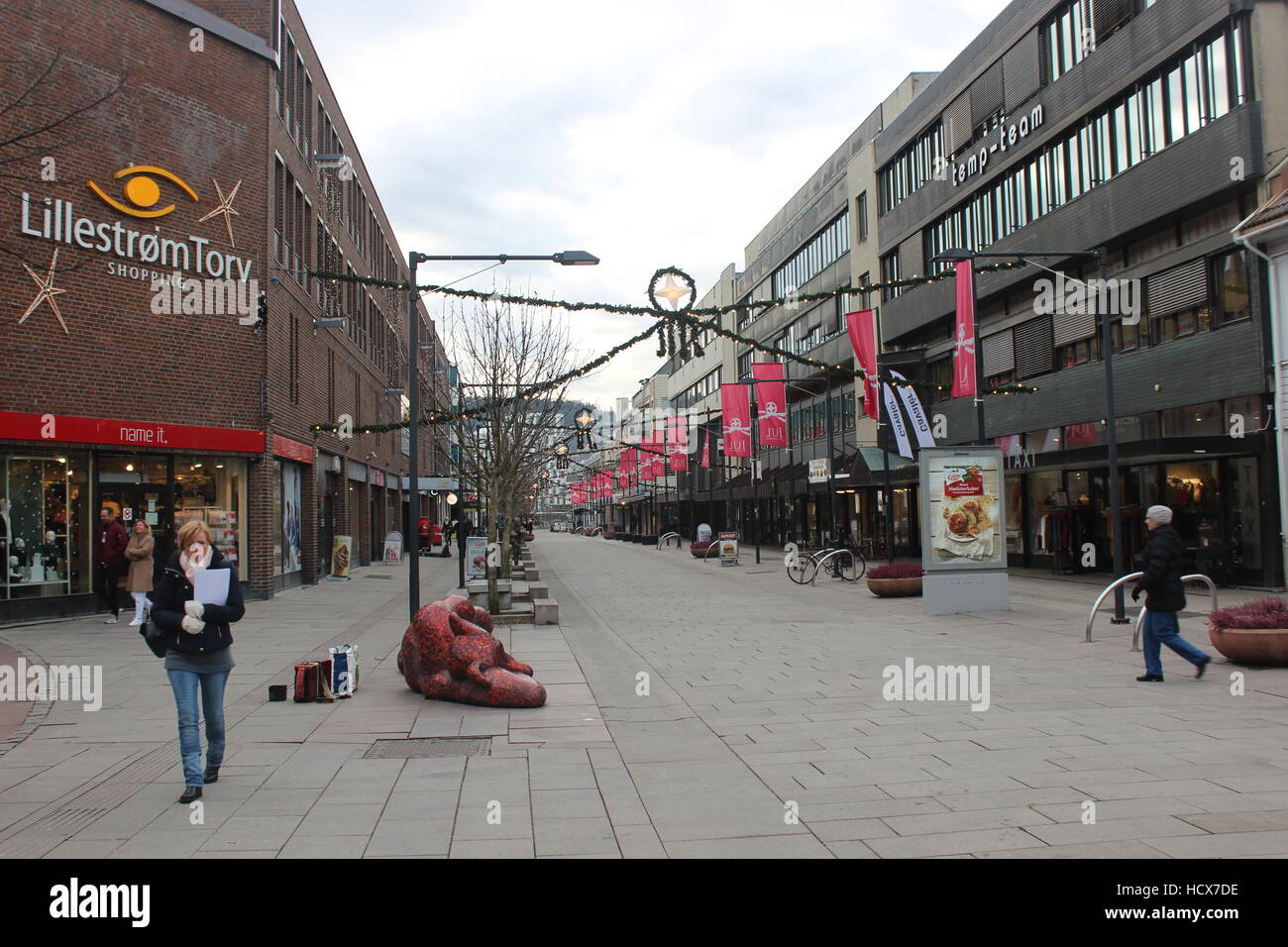 60e6d3e27 Lillestrøm city center in Norway during the Christmas season Stock ...