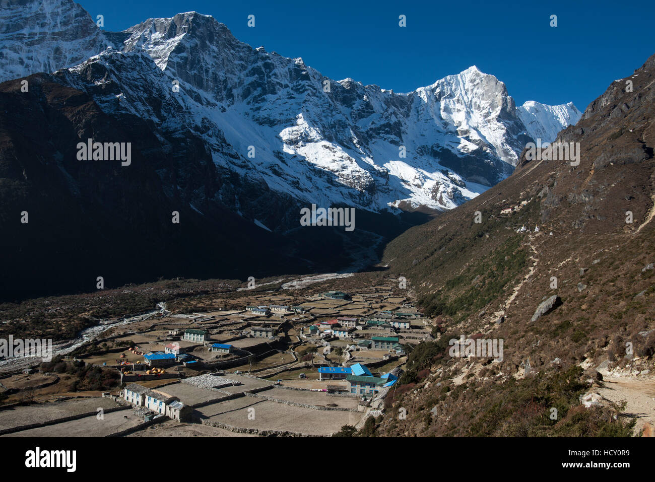 The little mountain village and monastery of Thame in the Khumbu (Everest) Region, Nepal - Stock Image