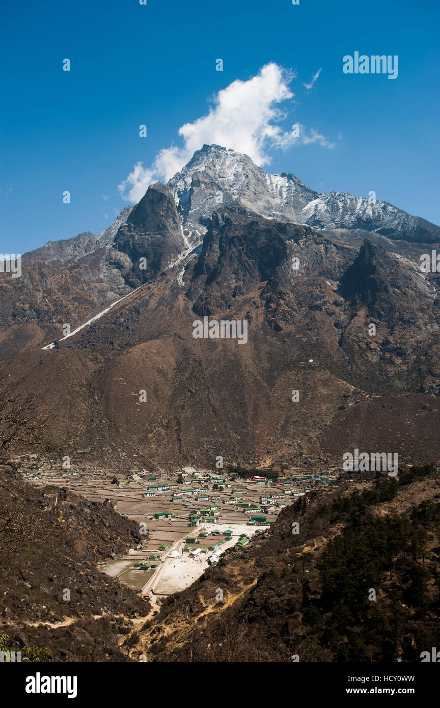 Khumjung village in the Khumbu (Everest) Region, Nepal - Stock Image