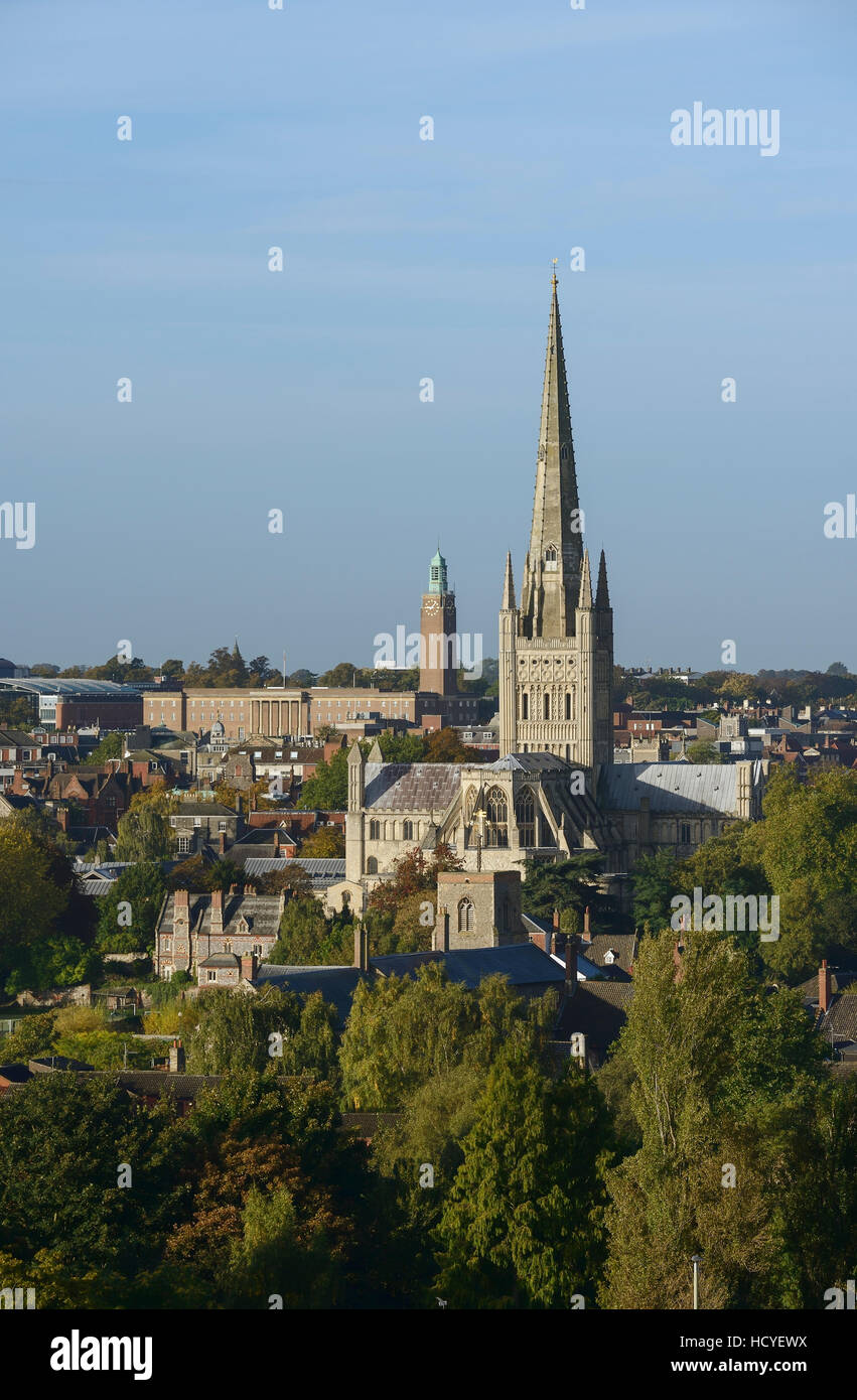 Norwich city centre skyline with the Anglican Cathedral and Norwich City Council building - Stock Image