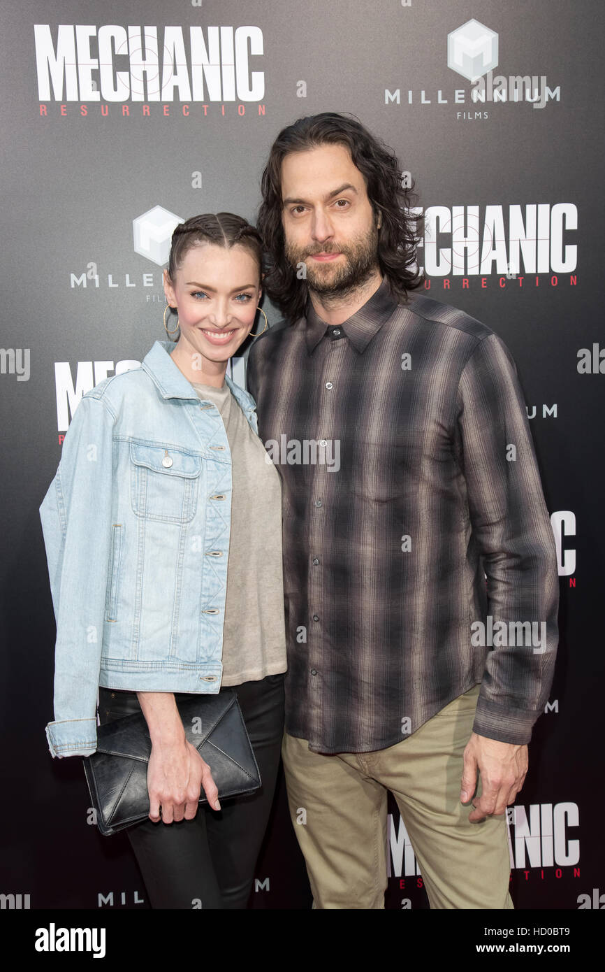 Cassi Colvin and Chris D'Elia attending the premiere of Summit Entertainment's 'Mechanic: Resurrection' - Stock Image