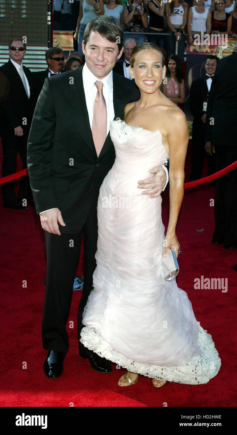 Actress Sarah Jessica Parker Right And Her Husband Actor Matthew Stock Photo Alamy