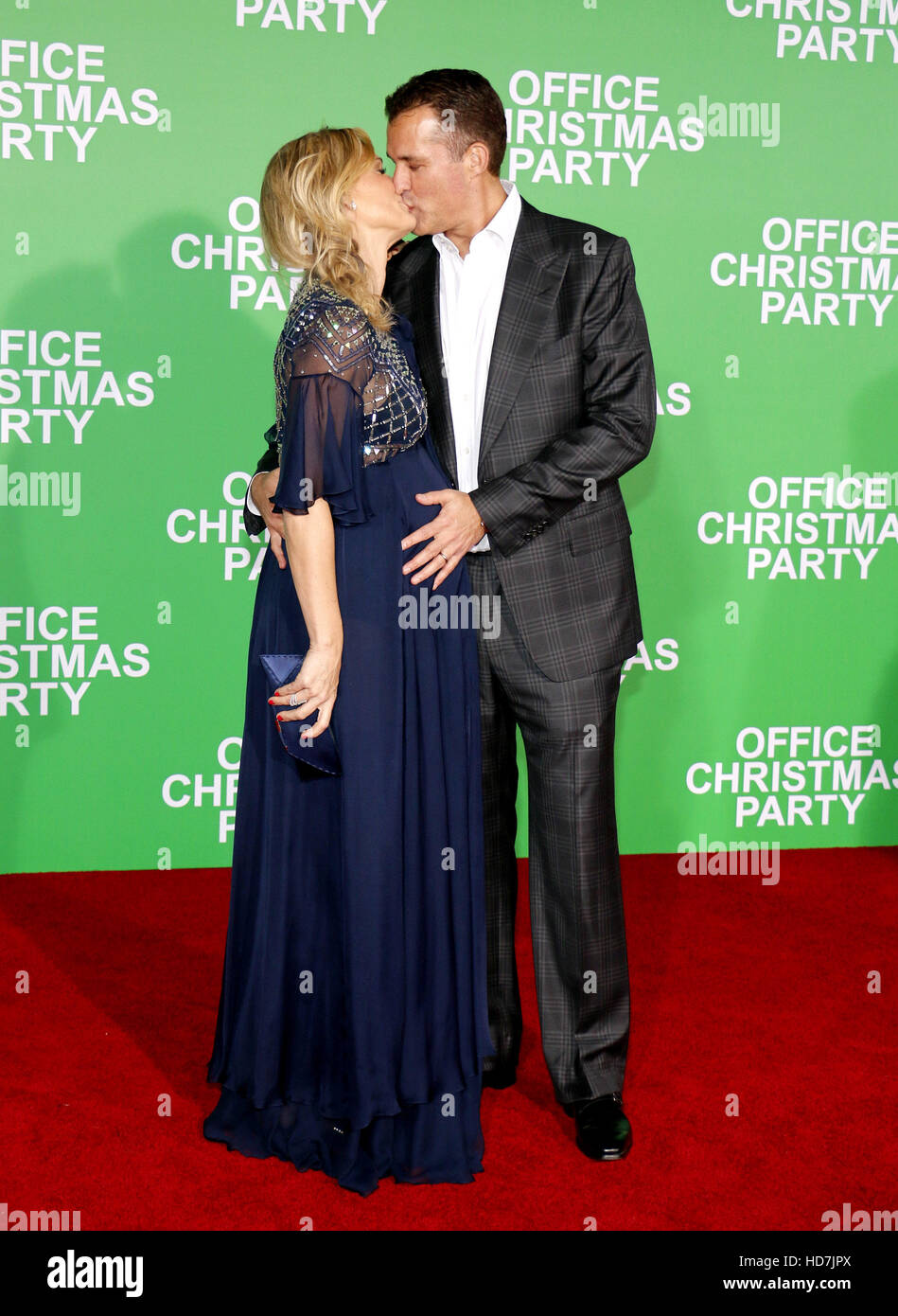 88ba6ee07d637 Scott Stuber and Molly Sims at the Los Angeles premiere of 'Office  Christmas Party'