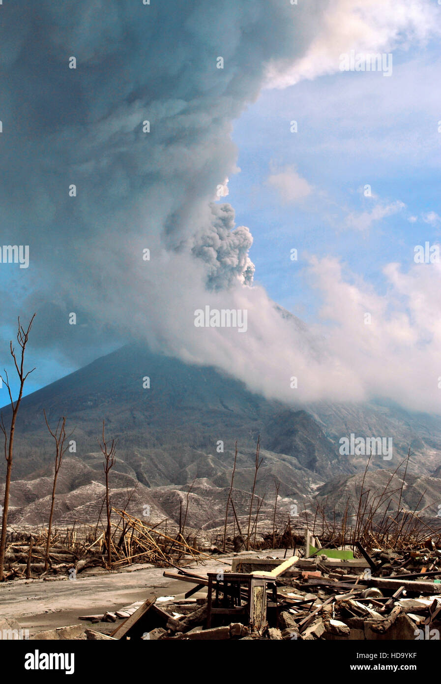 The 2010 eruptions of Mount Merapi began in late October 2010 when Mount Merapi in Central Java, Indonesia. - Stock Image