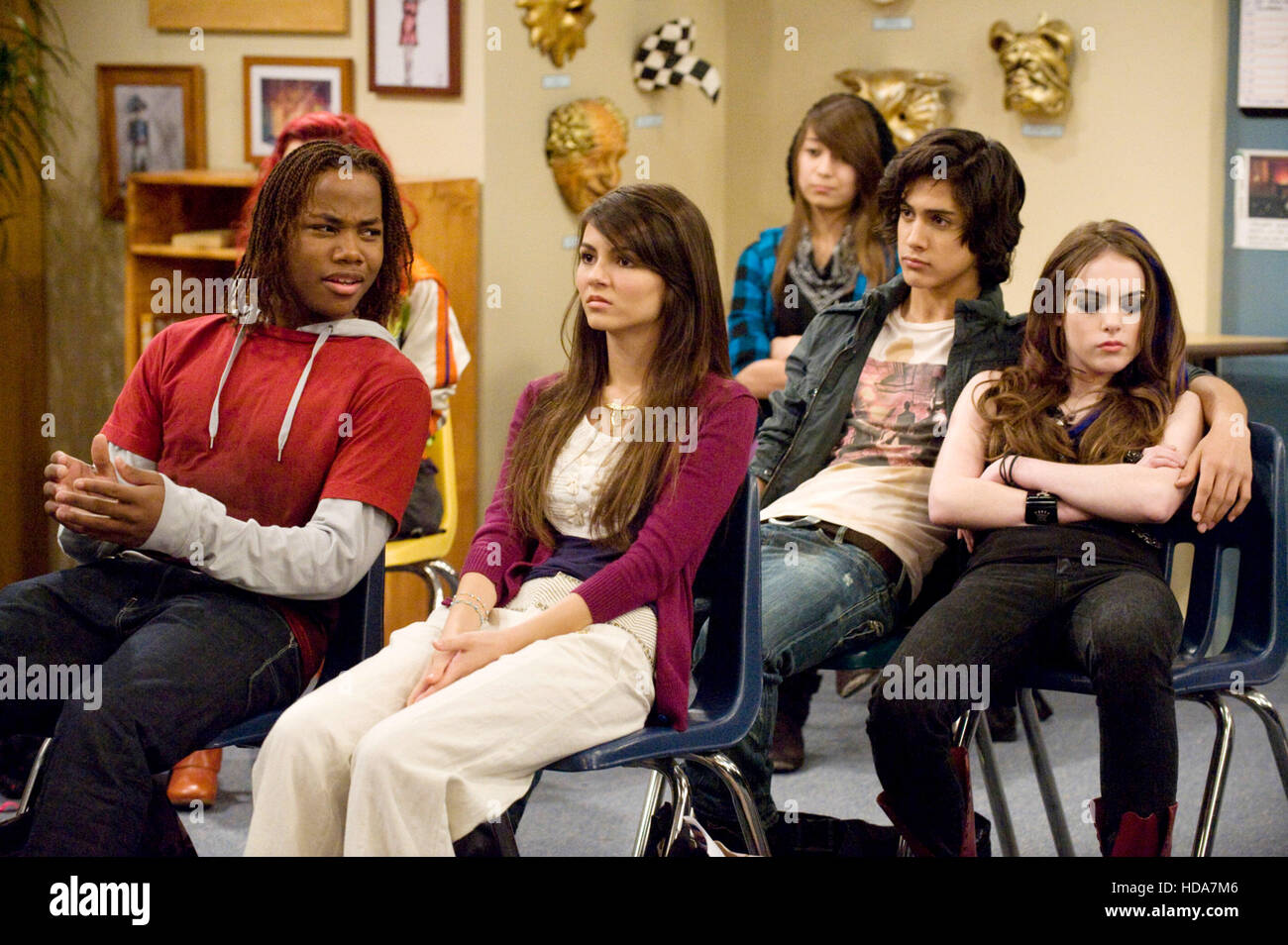 Victorious From Left Leon Thomas Victoria Justice Avan Jogia Stock Photo Alamy