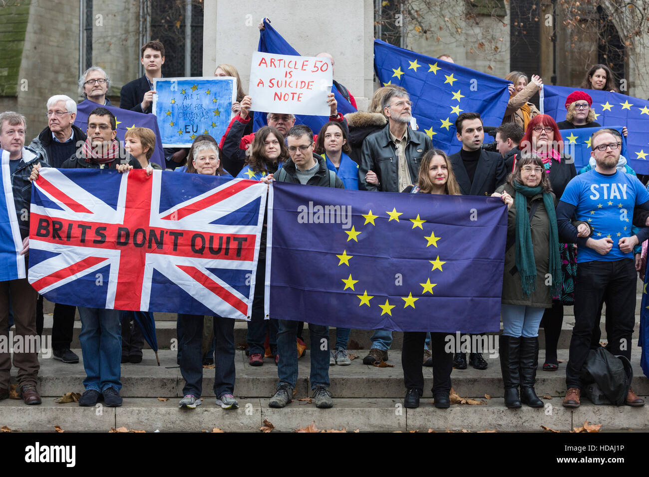 London, UK, 10 December 2016. Pro-EU/Anti-Brexit protesters gathered opposite the Houses of Parliament on Human - Stock Image