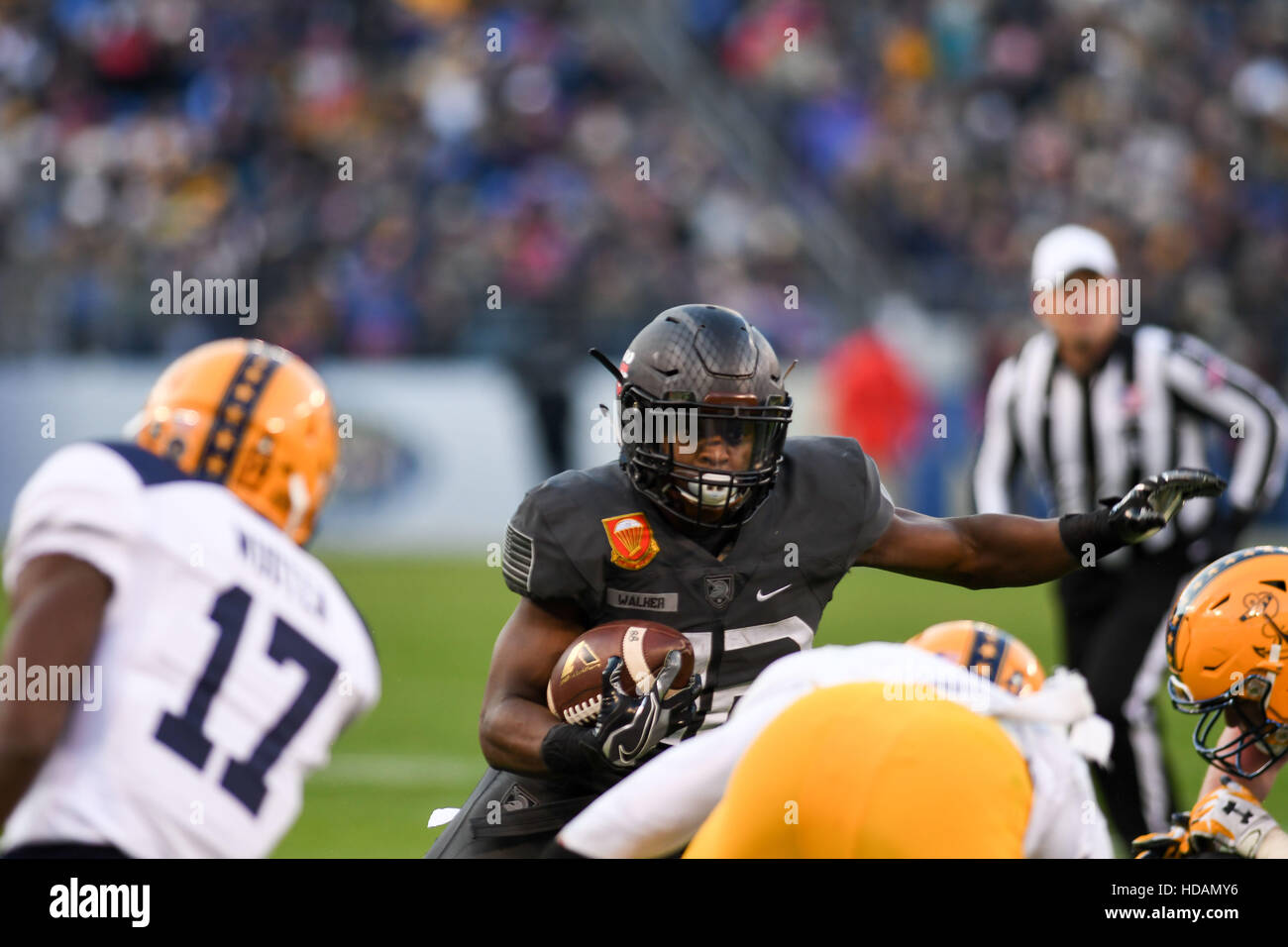 Baltimore, Maryland, USA. 10th Dec, 2016. Army's RB, KELL WALKER, in action during the game at M&T Bank - Stock Image