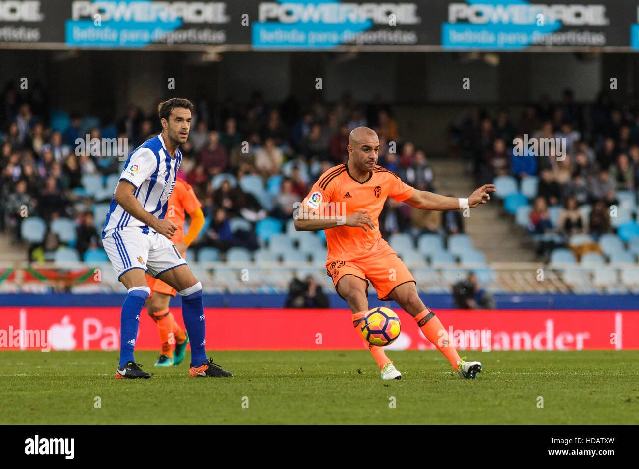 San Sebastian, Gipuzcoa, Spain. 10th December, 2016. Valencia defender Abdennour passing the ball during the Liga - Stock Image