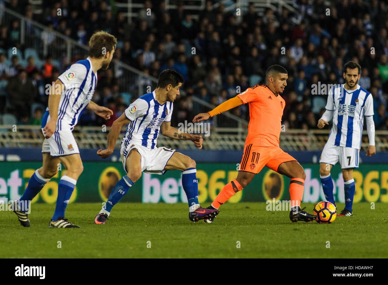 San Sebastian, Gipuzcoa, Spain. 10th December, 2016. Valencia's forward Bakkali in action during the Liga Santander - Stock Image