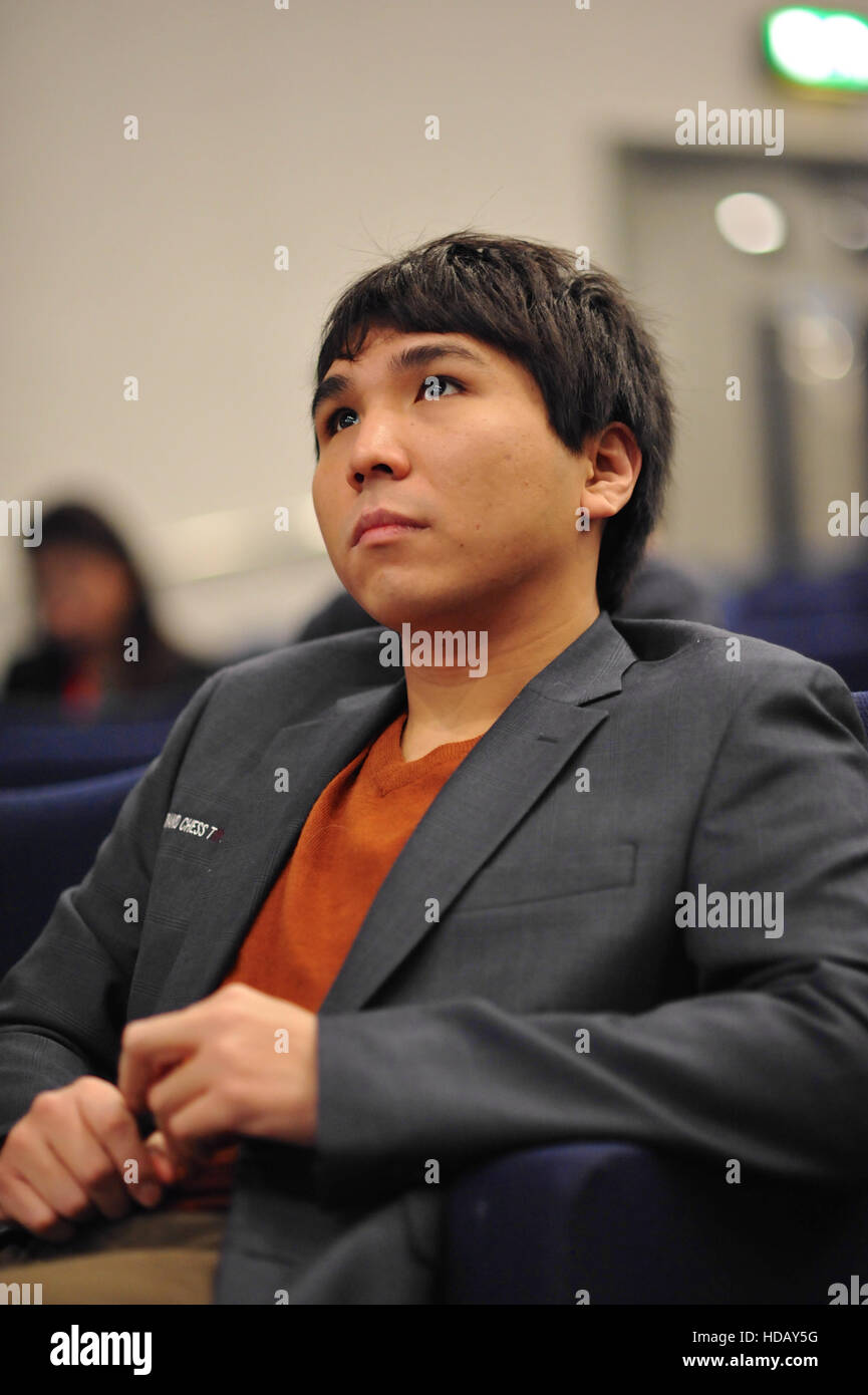 London, UK. 11th Dec, 2016. Wesley So (USA) looking relaxed as he waits for the start of professional play on day - Stock Image