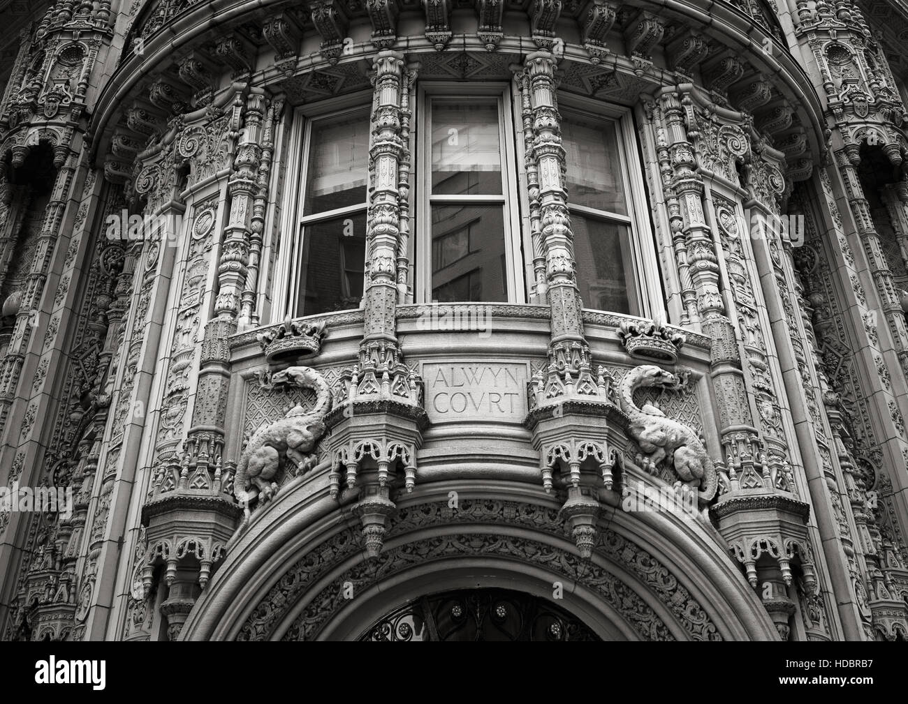 Magnificent architectural ornaments of the Alwyn Court building facade. Black and White, New York City. - Stock Image