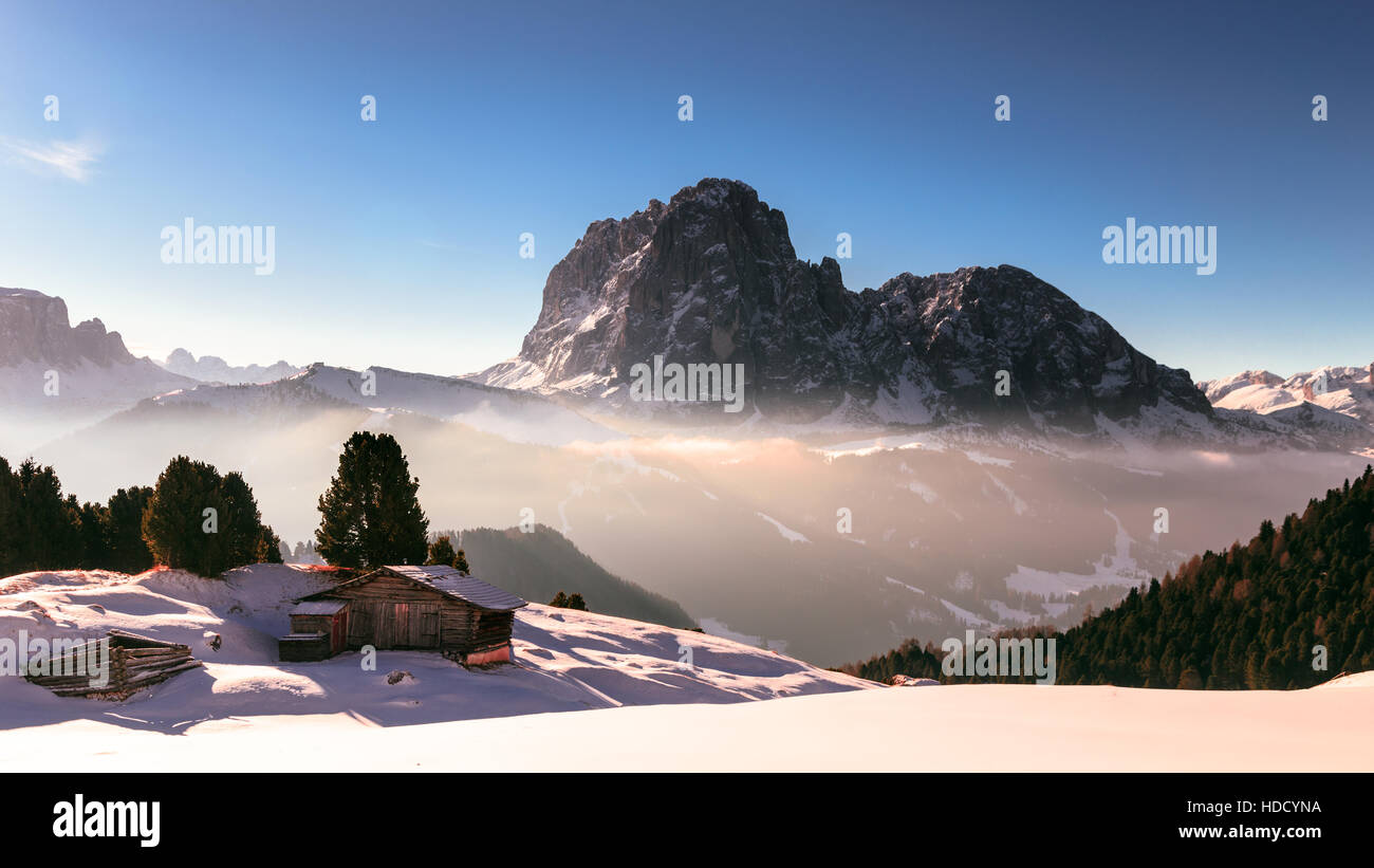 wood cottage in the dolomiti - Stock Image