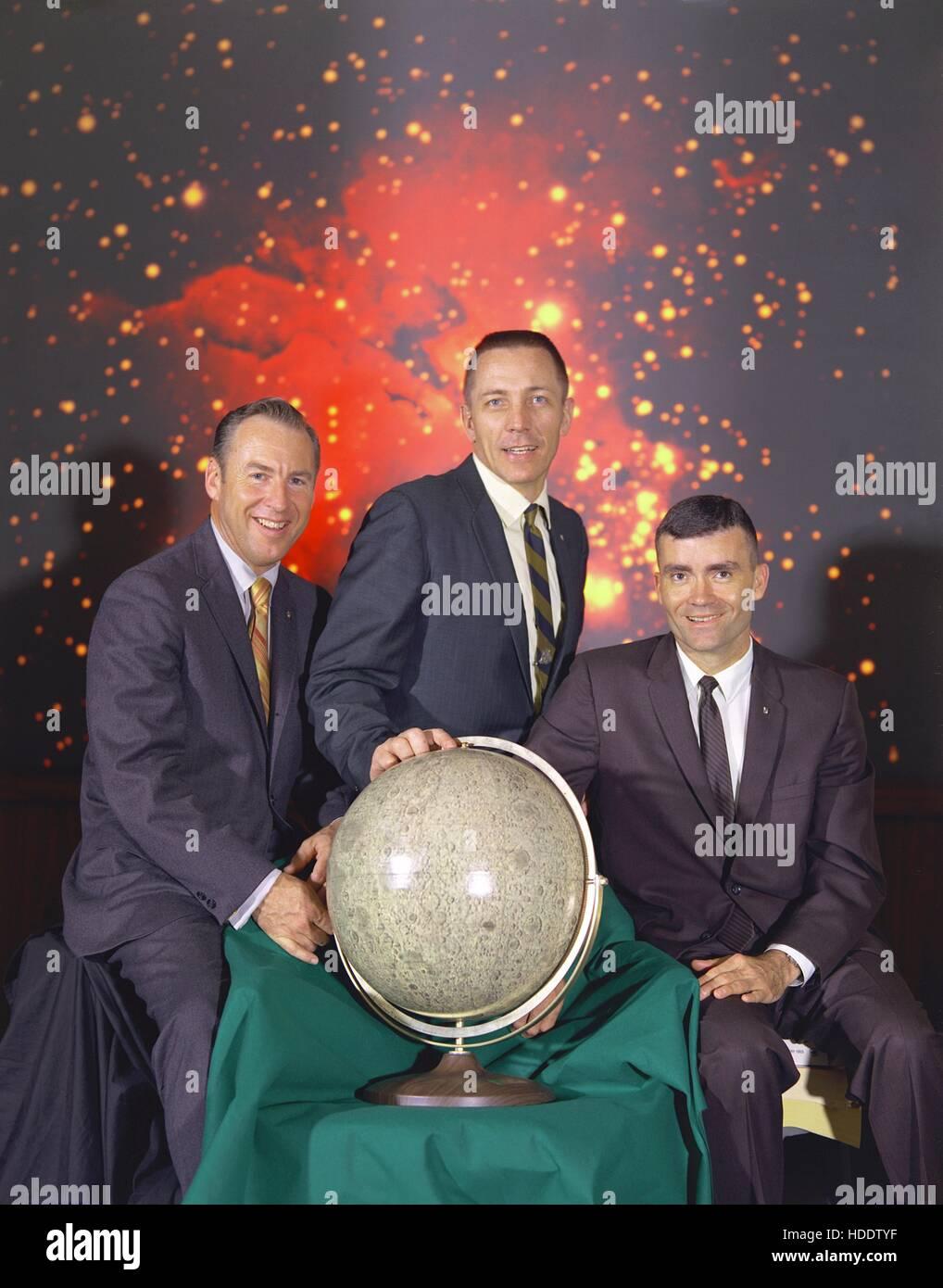 Official NASA portrait of the Apollo 13 lunar landing mission prime crew members (L-R) astronauts Jim Lovell, Jack - Stock Image