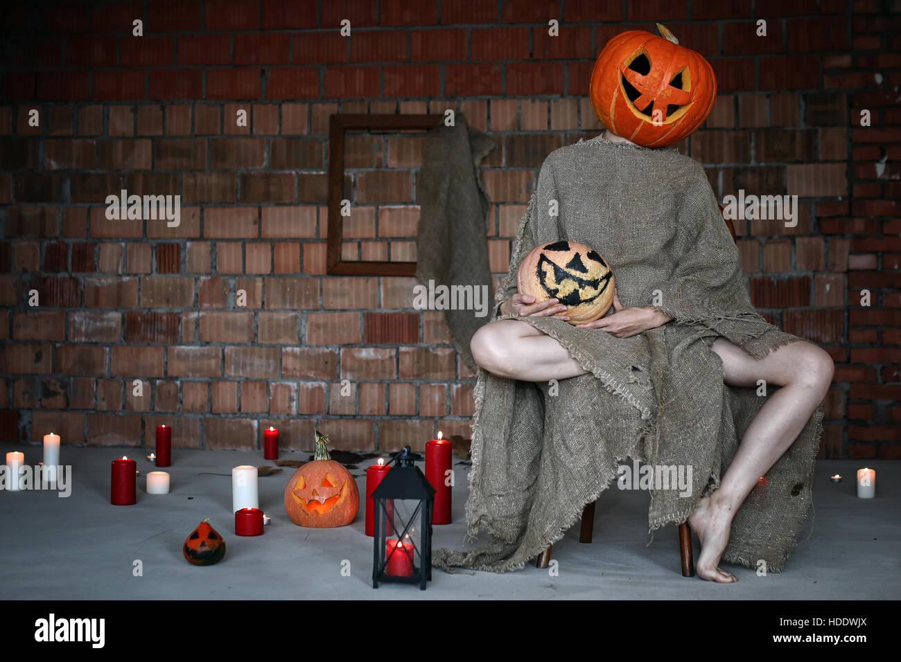 halloween decoration scary house stock photos & halloween decoration