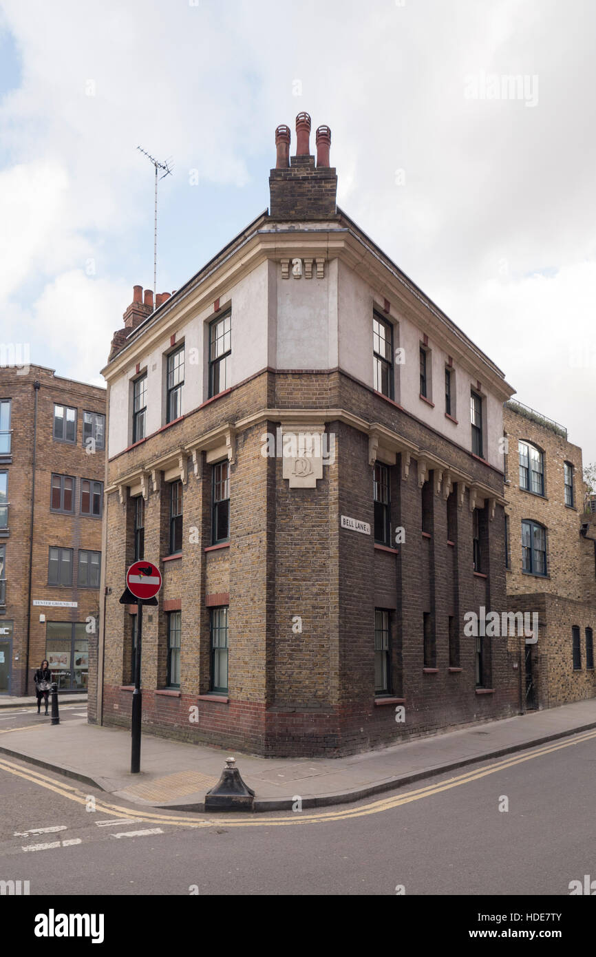 Tracey Emin studio at 66-68 Bell Lane in Spitalfields a listed building in a conservation area in Arts and Craft - Stock Image