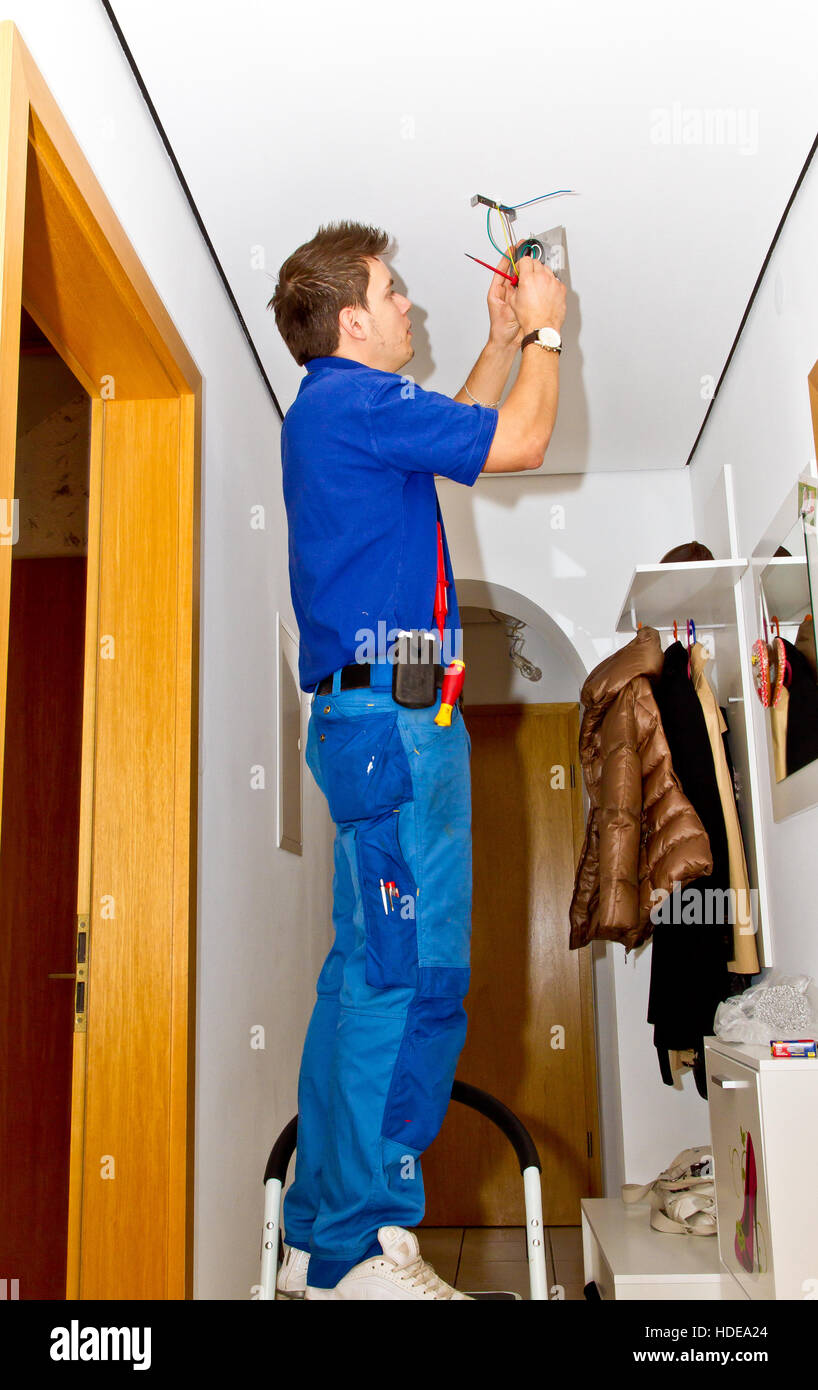 Electrician in the house 43