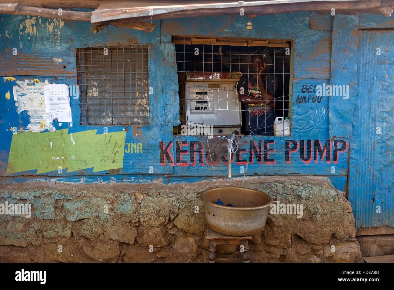 Kerosene station in Kibera - Stock Image