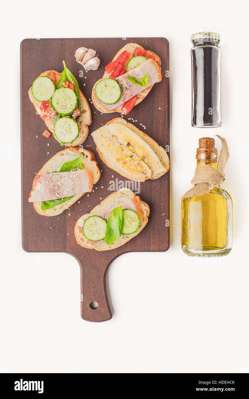tartines sandwich bread cucumber tomato bacon - Stock Image