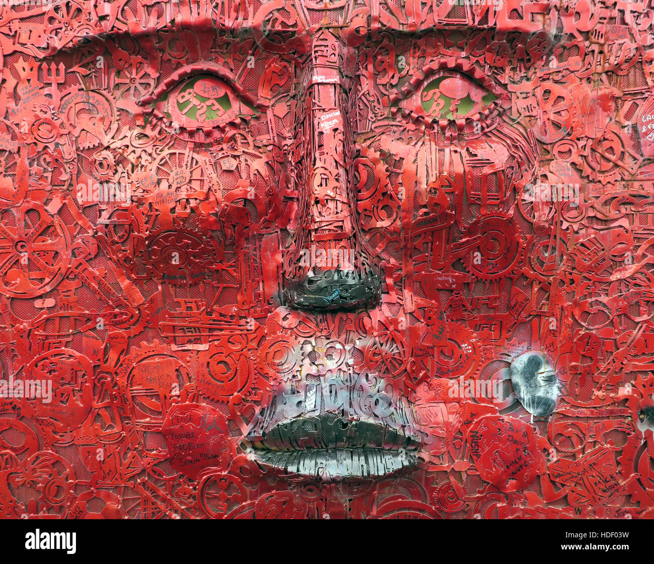 "The Face by artist Kevin Killen, is part of the ""If Walls Could Talk"" project,West Belfast,Northern Ireland, UK - Stock Image"
