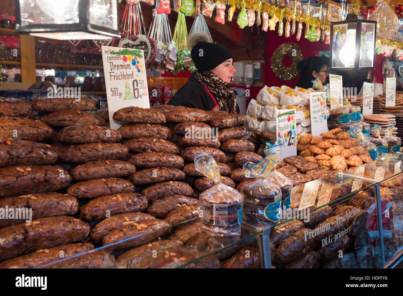Stall Nuremberg Christmas Market Stock Photos & Stall Nuremberg ...
