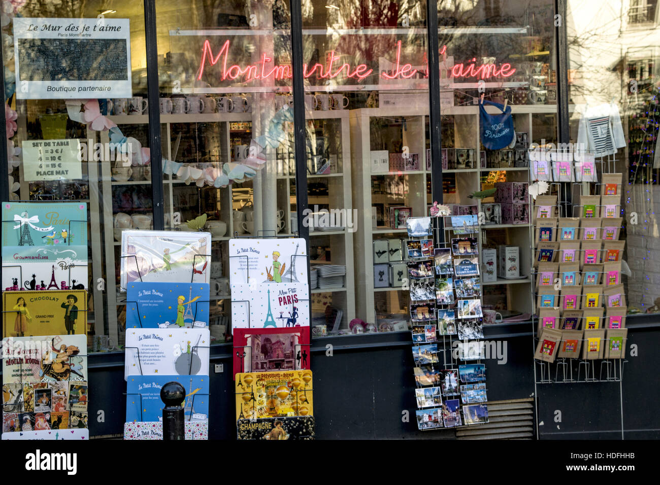 Postcards from Paris in Montmartre shop - Stock Image