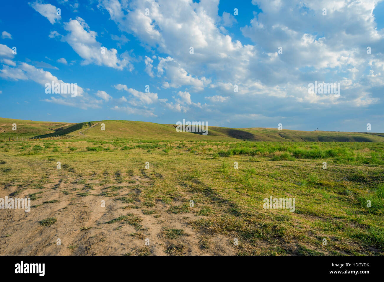 Endless hills of grassland and steppe in Kazakhstan - Stock Image