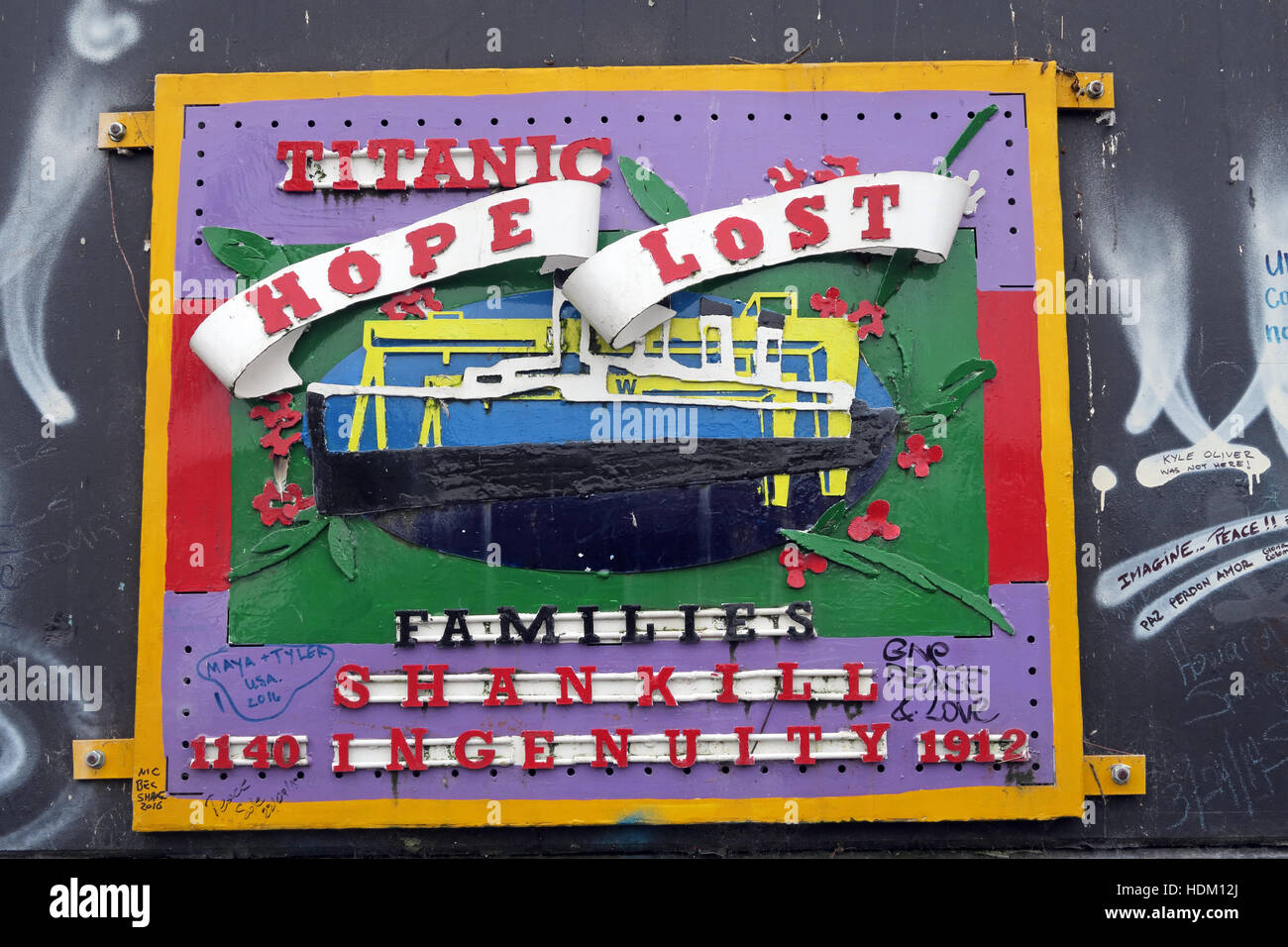 Titanic Hope Lost - Belfast International Peace Wall,Cupar way,West Belfast,NI,UK Stock Photo