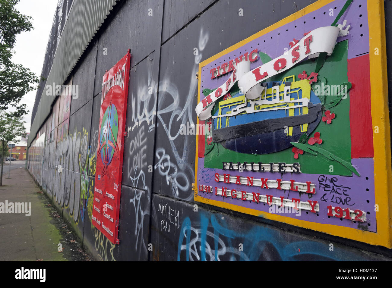 Titanic Hope Lost - Belfast International Peace Wall,Cupar way,West Belfast,NI,UK - Stock Image