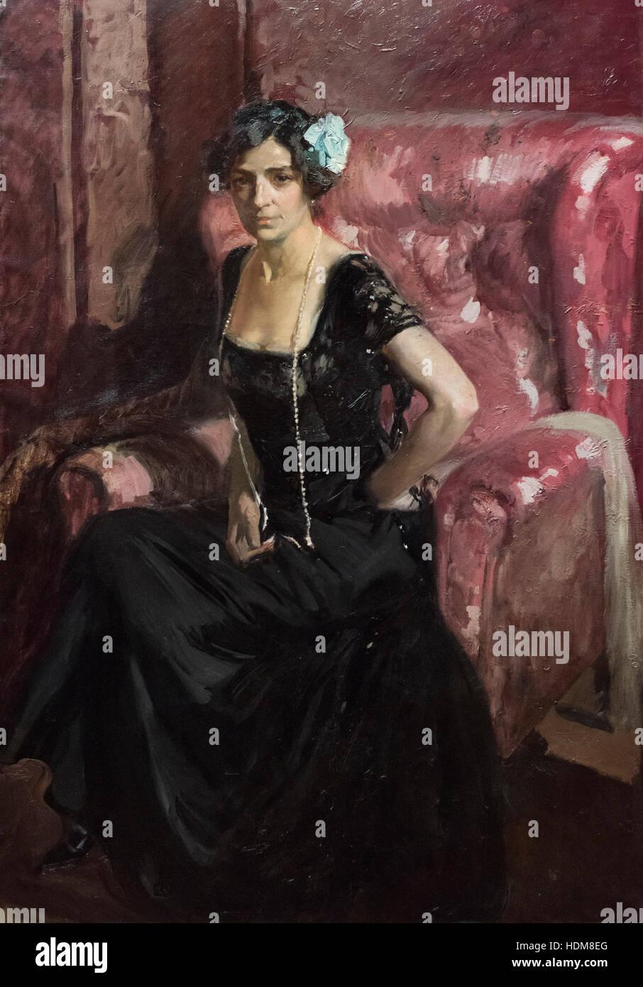 Joaquín Sorolla y Bastida (1863–1923), Clotilde con Traje de Noche, 1910. Stock Photo