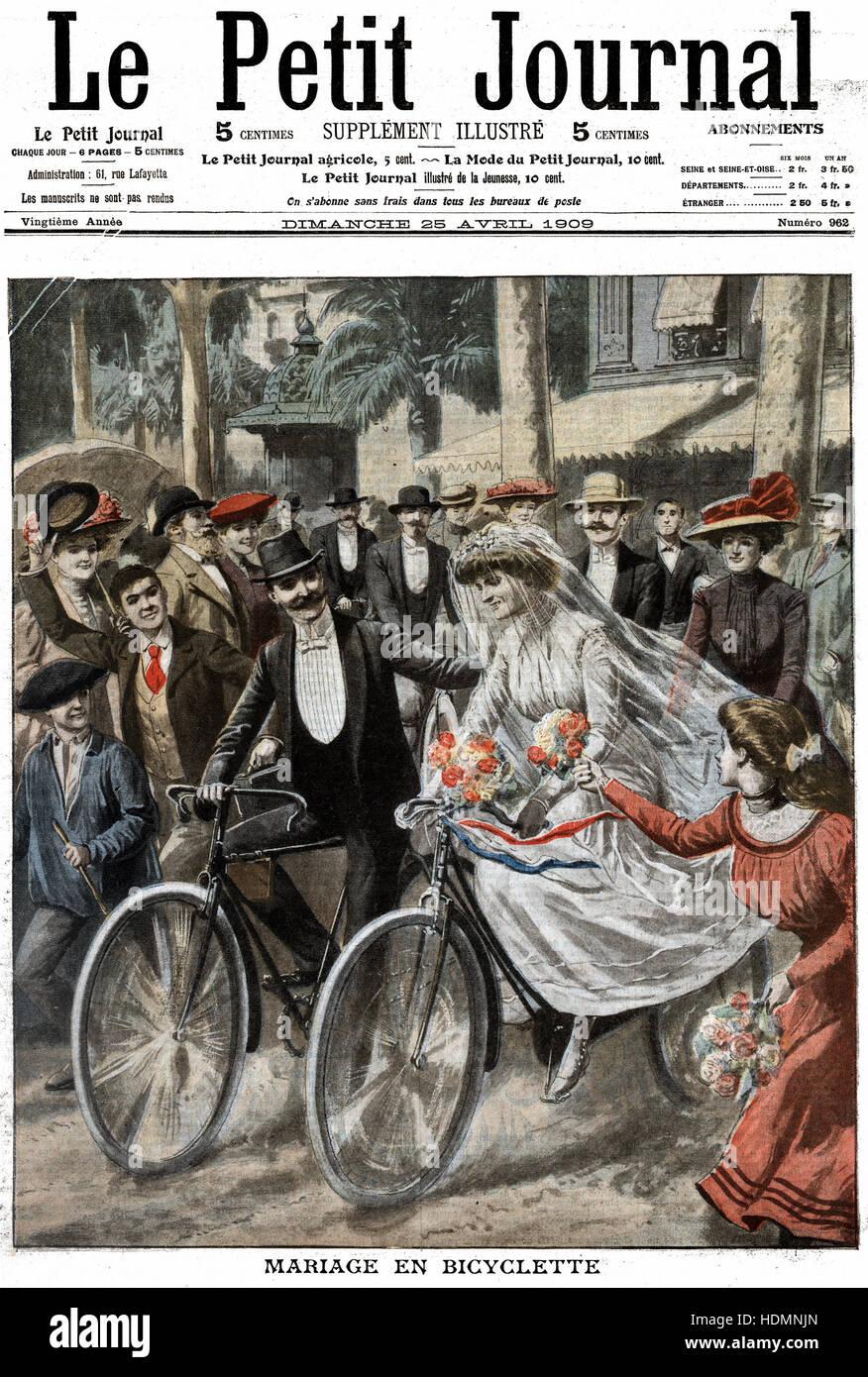 'Le Petit Journal' Paris April 1909 - Wedding party on bicycles - Stock Image