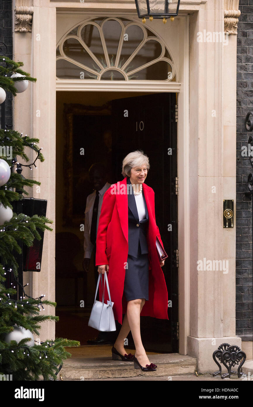 London, UK. 14th December, 2016. Theresa May, the British Prime Minister, leaving 10 Downing Street the official - Stock Image
