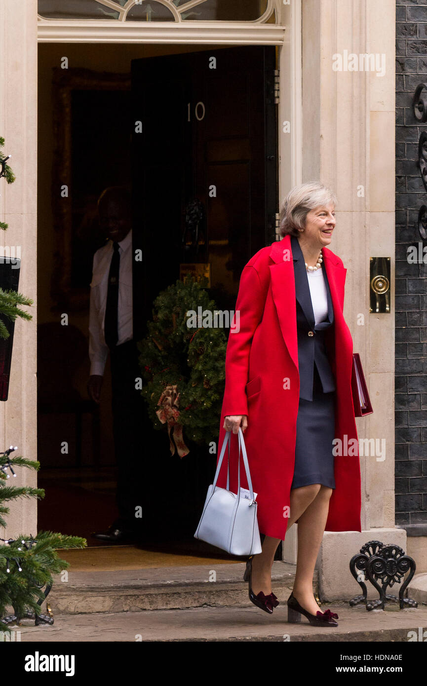 London, UK. 14th December, 2016. Theresa May, the British Prime Minister, leaving 10 Downing Street the official Stock Photo