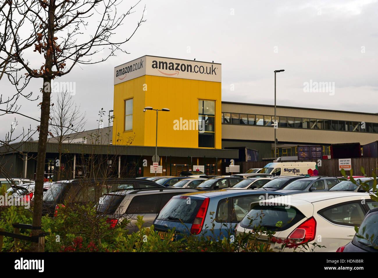 Dunfermline, Scotland, United Kingdom, 14, December, 2016. Retail giant Amazon's largest UK distribution centre - Stock Image