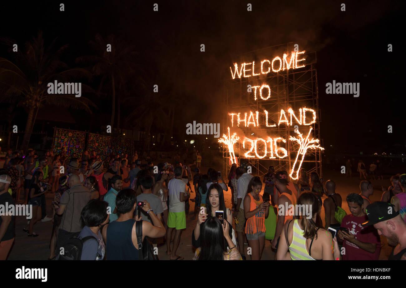 Full Moon party on Sunrise beach Haad Rin on the island of Kho Phag Nang Thailand - Stock Image